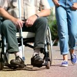 人手不足が原因で移動が多い介護施設!やる気もなくなり今は転職したい